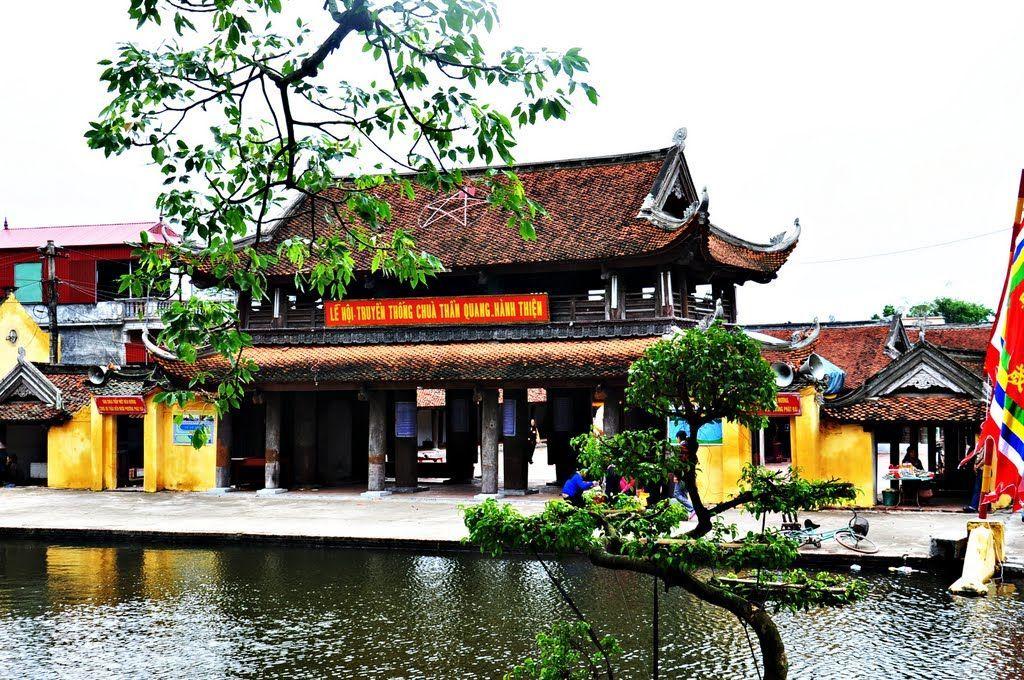 หมู่บ้าน แห่งเถียน และสถาปัตยกรรมที่โดดเด่นของแผ่นดินนามดิ๋ง
