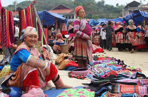 สีสันตลาดนัดเวียดนาม