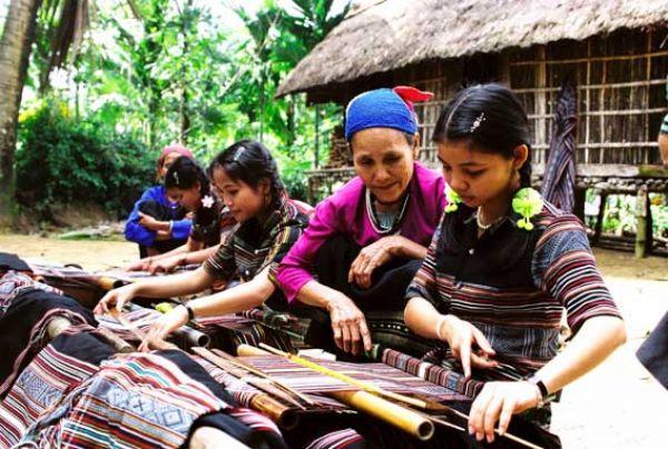 ชนเผ่า เฮอเร ในเวียดนาม