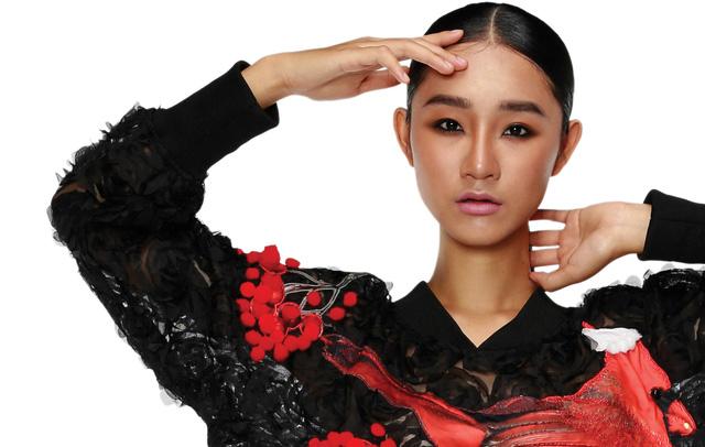 Bản sắc Việt trong Tuần lễ Thời trang Việt Nam Thu Đông 2017