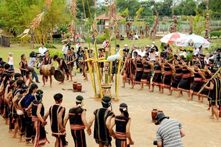 Ритуал народности Зе-ченг, посвященный собранному урожаю