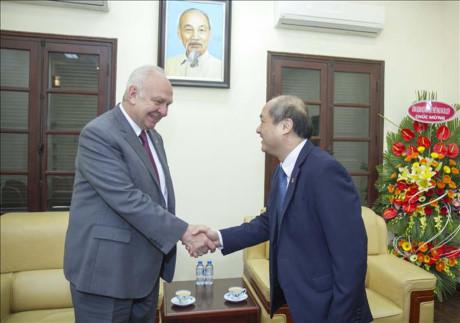 Вьетнам и Россия активизируют сотрудничество в сфере спорта