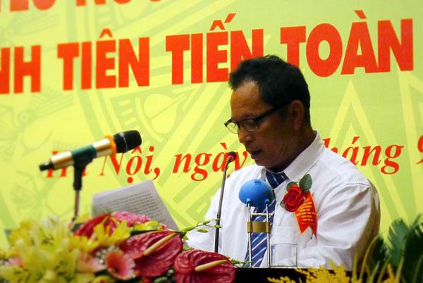 Outstanding farmer Ha Tan Tam and his charitable works