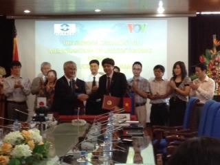 VOV, Jiji Press strengthen cooperation