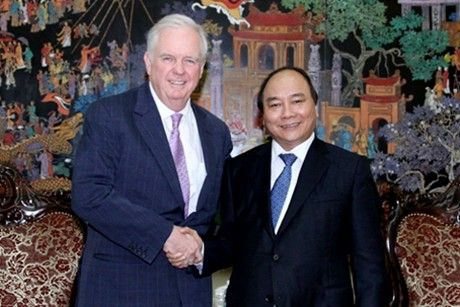 Deputy PM receives advisor to Harvard Vietnam Program