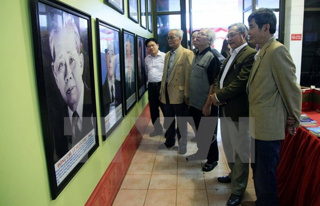 Exhibit highlights development of Vietnam's Party, National Assembly