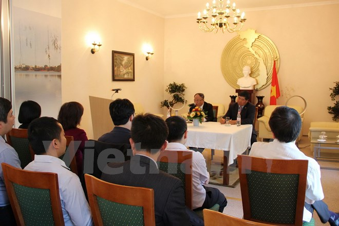 Talks about President Ho Chi Minh in Germany