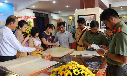 Exhibition on Hoang Sa, Truong Sa archipelagoes opens in Binh Duong province