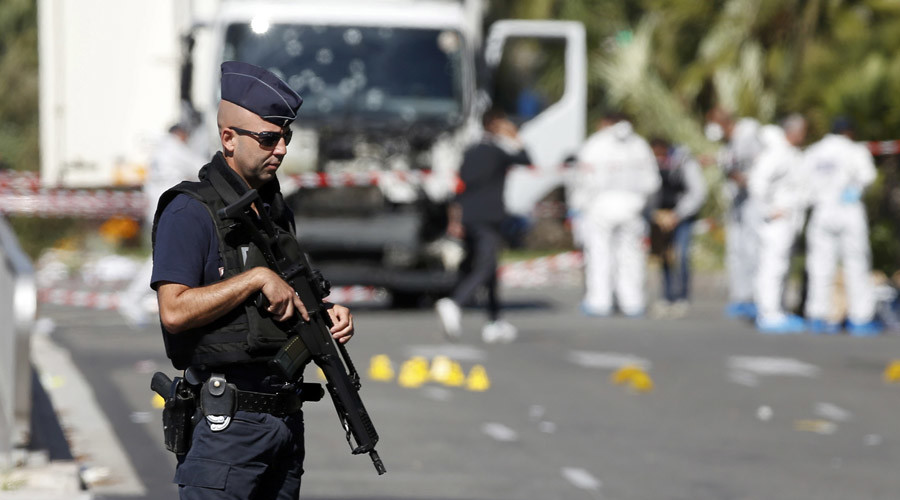 """Europol warns of growing risk of """"lone wolf"""" terror attacks"""
