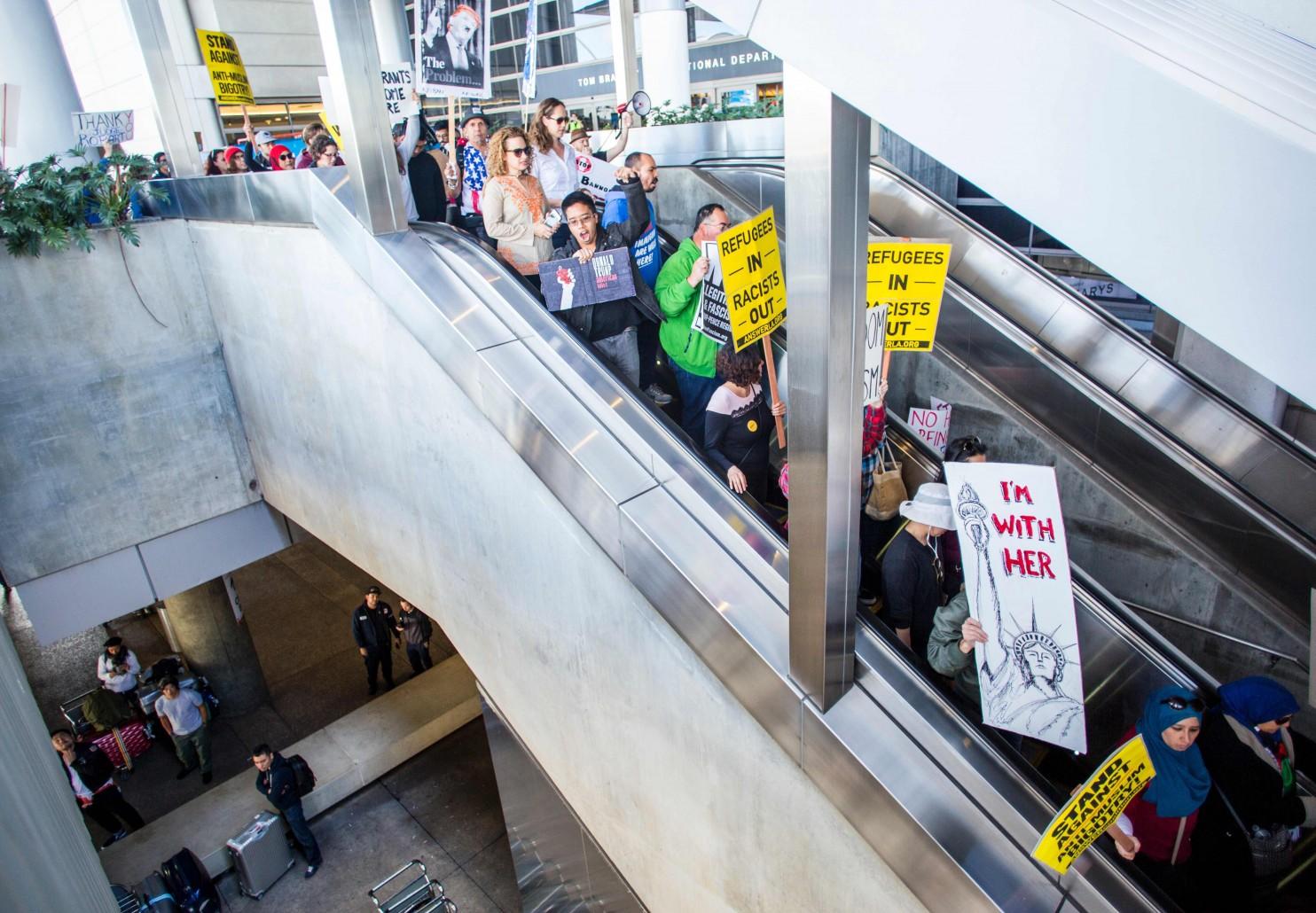 Virginia federal judge issues rebuke of Trump's travel ban