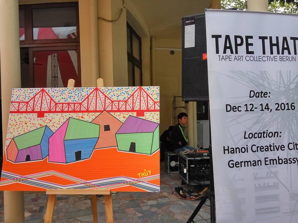 Kunstausstellung: Deutsche Botschaft stellt Werke aus Klebeband von Tape That vor