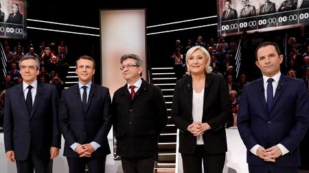 Französische Wähler geben ihre Stimme für die Präsidentschaftswahl ab