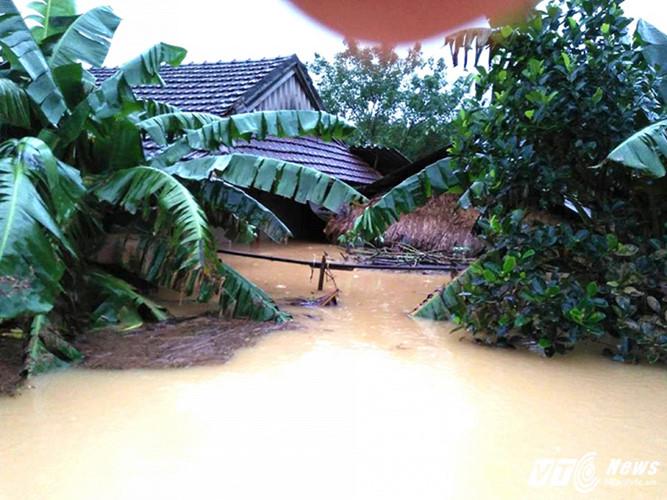 Überflutungen in Zentralvietnam