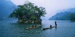 Der Ba Be-See, der größte Gebirgssee in Vietnam