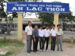 Oberschule An Lac Thon fördert die Liebe zur Wissenschaft