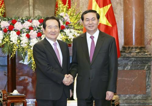 Staatspräsident Tran Dai Quang empfängt südkoreanischen Parlamentspräsidenten