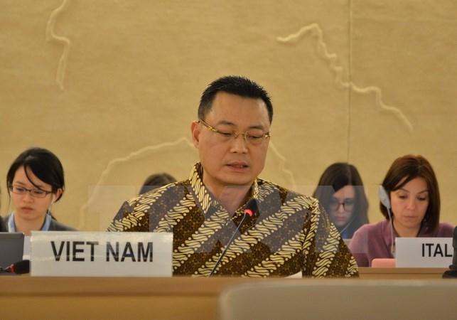 ในนามอาเซียน เวียดนามยืนยันถึงคำมั่นในการจัดทำกลไกการตรวจสอบประจำปีทั่วไป