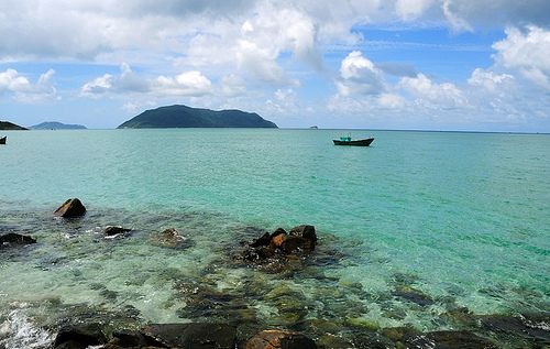 Con Dao island named Asia's paradise sea