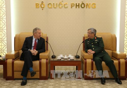Vietnam, US seek to enhance defense ties