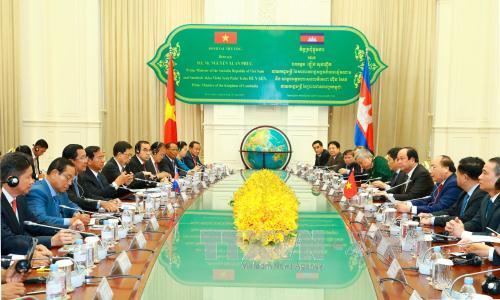 Vietnam, Cambodia forge closer ties