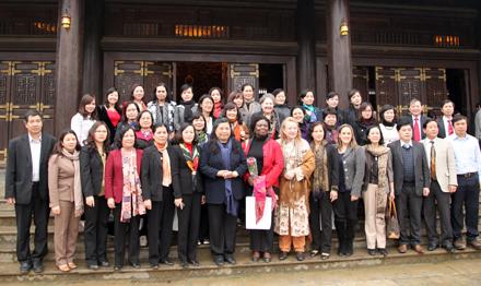 National Assembly delegation visits Ninh Binh