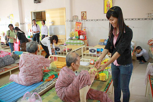 Le Minh Hung - a man of charity work