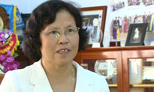 Emeritus teacher Nguyen Thi Hien