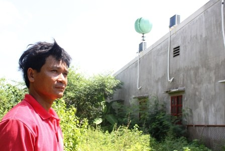 Tran Thanh Thanh makes use of wind power to generate electricity