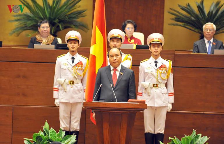 NA deputies hope PM Nguyen Xuan Phuc will fulfill his duty