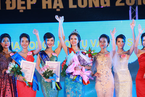Final round of Miss Ha Long 2016