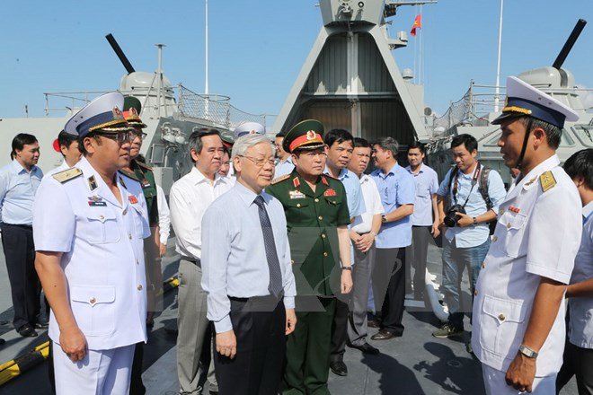 Party leader visits Naval zone 4
