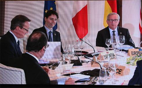 G7 summit opens