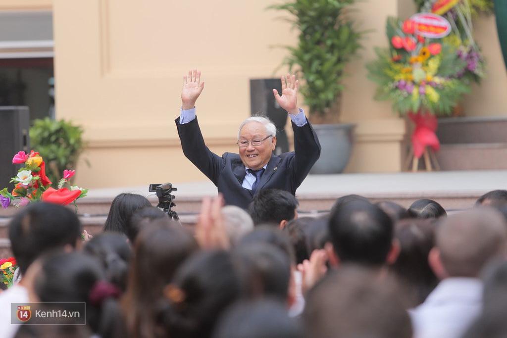 Заслуженный учитель Нгуен Чонг Винь
