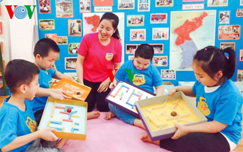 Воспитательница детского сада внесла вклад в развитие отрасли образования Ханоя