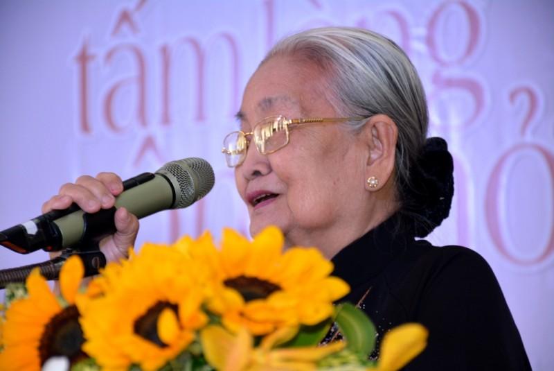 О враче Та Тхи Тюнг, которая преисполнена человеколюбия