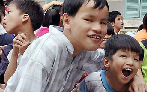 О Ле Тхи Тхань Тхю, которая прилагает усилия для оказания помощи пострадавшим от эйджент-оранджа