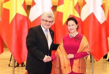 Визит во Вьетнам президента Совета кантонов Федерального собрания Швейцарии