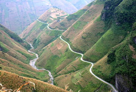 Vietnam to turn Dong Van plateau into national and international destination