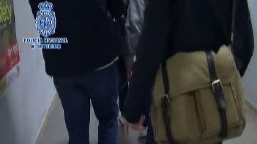 Paris attacks suspect extradited to France
