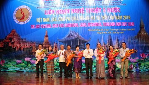 Regional art festival opens
