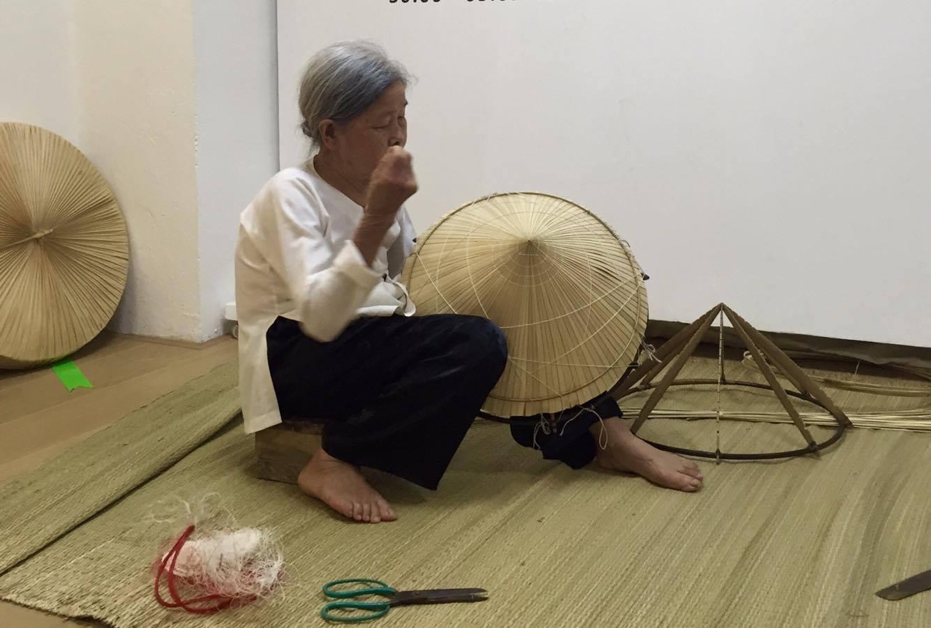 Tri Lễ - a village that makes traditional palm leaf hats