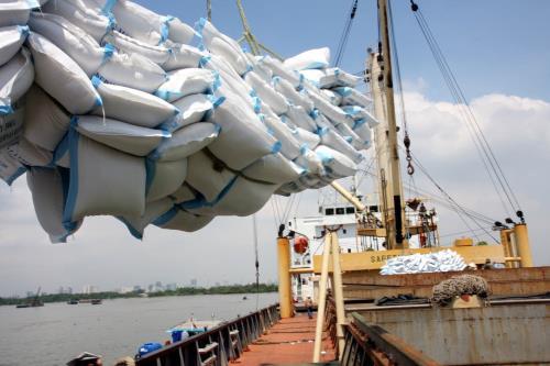 В 2016 году Вьетнам сохранил высокие и стабильные темпы экономического роста