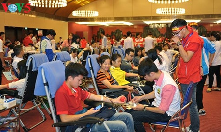 Праздник «Красная весна» состоялся в 10-й раз под лозунгом «Сдача крови для спасения жизни людей»