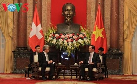 Вьетнам придает важное значение укреплению и развитию отношений со Швейцарией