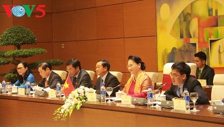 Вьетнам и Швейцария делятся опытом в законотворческой деятельности