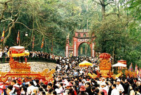 Templo de Reyes Hung: Cuna de espiritualidad de vietnamitas