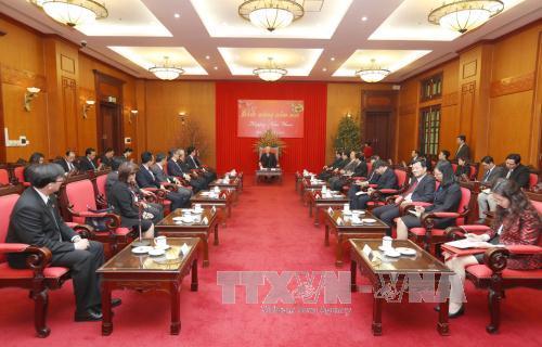 Nguyen Phu Trong reçoit les chefs des représentations diplomatiques de l'ASEAN