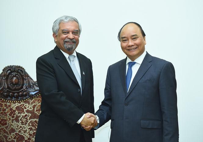Nguyên Xuân Phuc reçoit le nouveau coordinateur résident de l'ONU au Vietnam