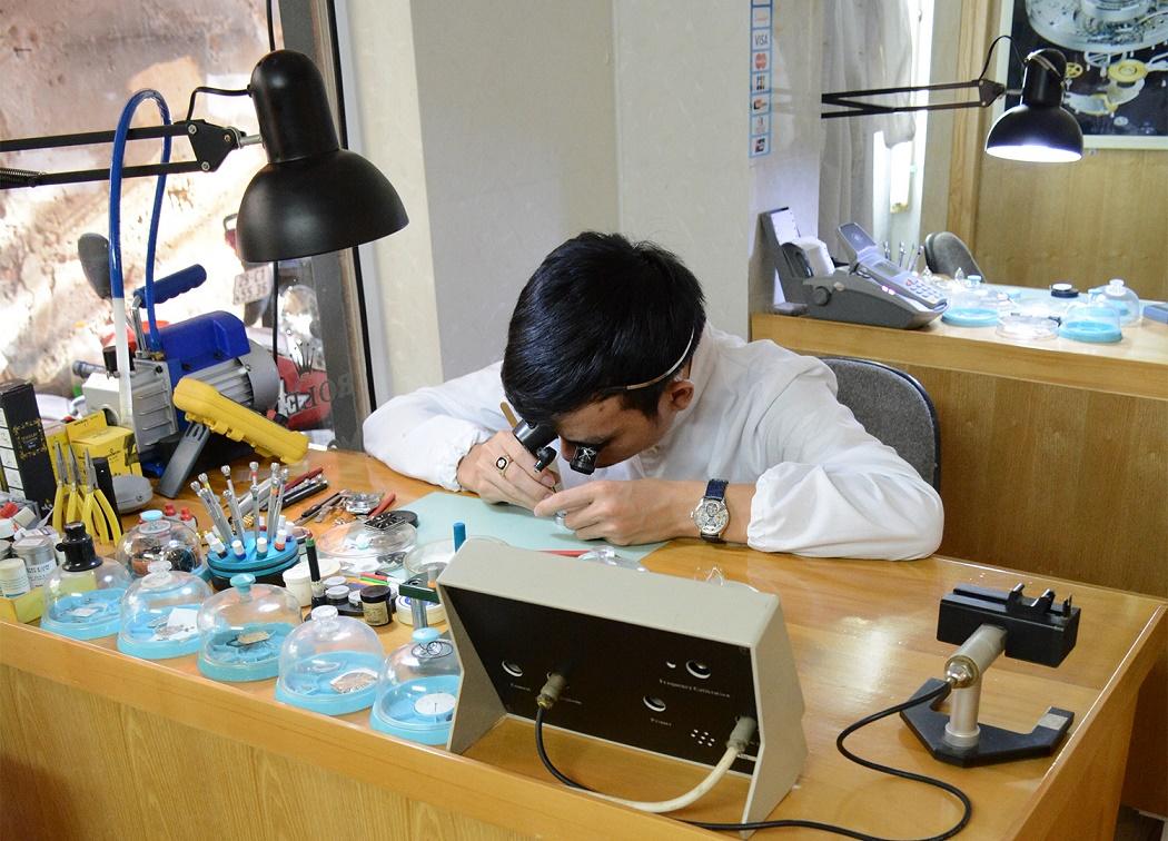 Le médecin des montres Dang Van Truong