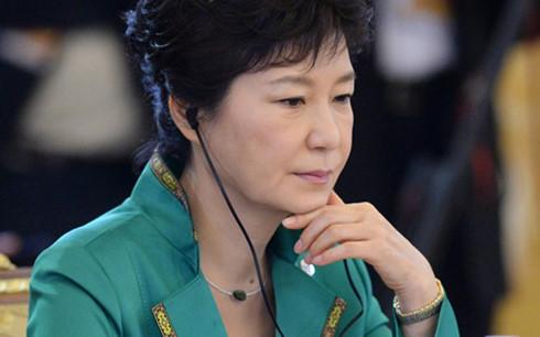 អតីតប្រធានាធិបតីកូរ៉េខាងត្បូងលោកស្រី Park Geun-hye ថ្លែងការសុំទោសចំពោះប្រជាជន